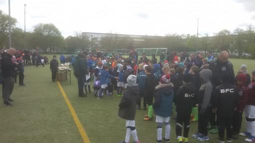 45 Mannschaften trafen sich zum Turnierwochenenende bei Füchse Berlin